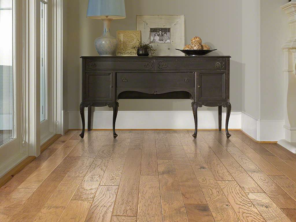Shaw Flooring Sequoia Hickory Bravo 5 in. hardwood