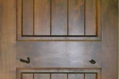 2-panel knotty alder